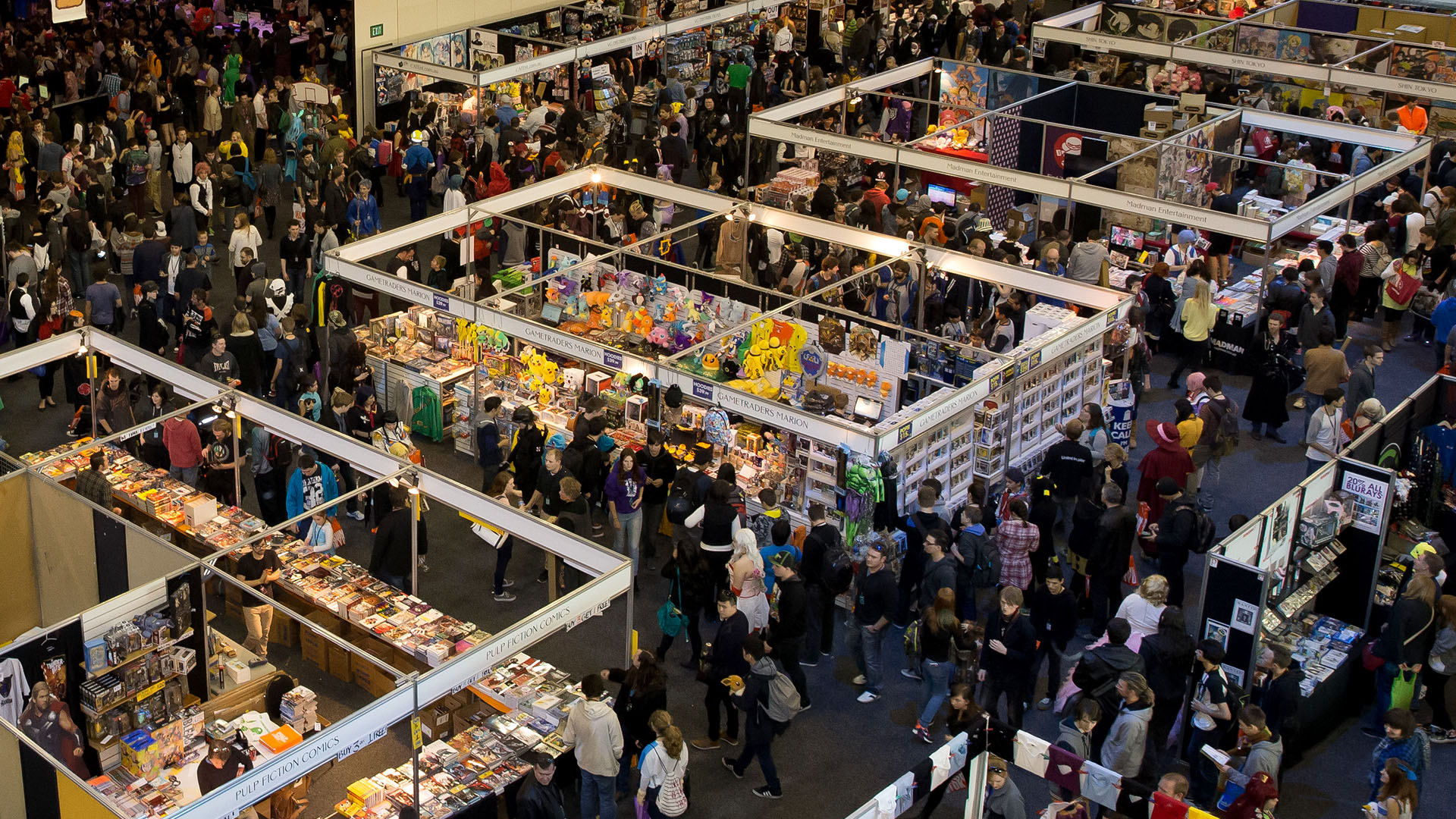 The busy crowds of the Exhibitor Hall.
